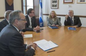 Rencontre annuelle du 1er mai - Les centrales syndicales rencontrentle premier ministre Couillard
