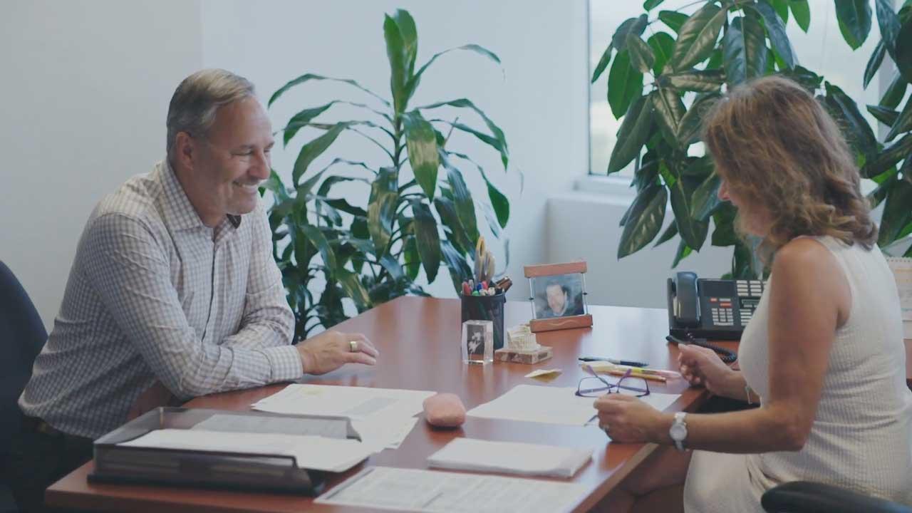 Daniel Boyer et son adjointe