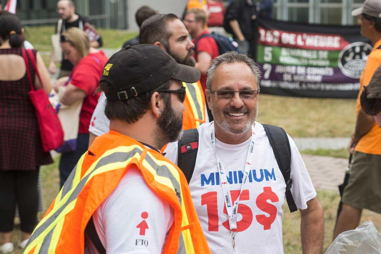 Daniel Boyer à une manifestation pour le salaire minimum à 15$ au Forum social mondial 2016