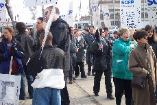 Jeudi 11 avril, des centaines de manifestants étaient au rendez-vous dès 6 heures.