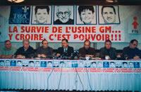 Lors de la conférence de presse de lancement de la campagne pour sauver l'usine GM de Boisbriand.