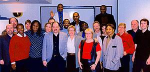 Les stagiaires ont rencontré des syndicalistes québécois au Collège FTQ-Fonds à l'occasion d'une journée sur la mondialisation. Ils ont aussi rendu visite au syndicat de la Dominion Bridge, là où des métallos ont gagné une importante bataille pour l'emploi.