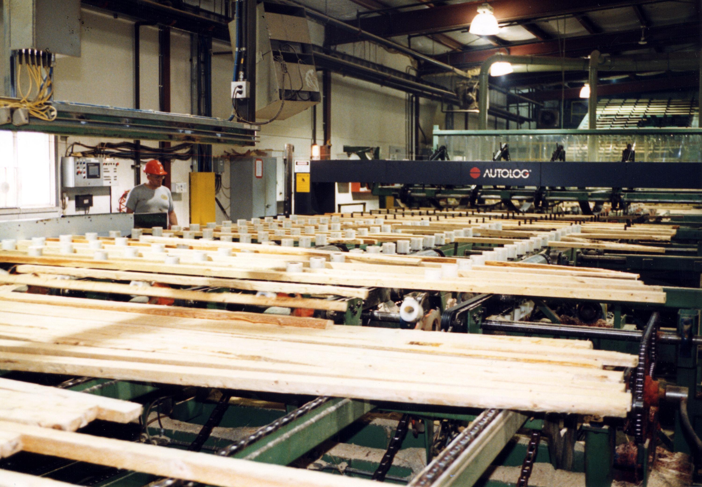 Travailleur dans une usine
