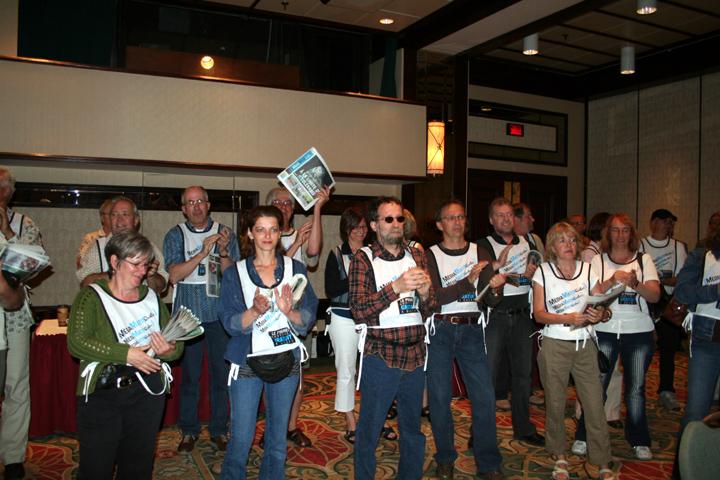 Les travailleurs en lock-out du Journal de Québec devant le Conseil général de la FTQ