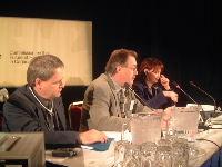 Henri Massé lors de la présentation du mémoire FTQ devant la Commission Romanow à Montréal
